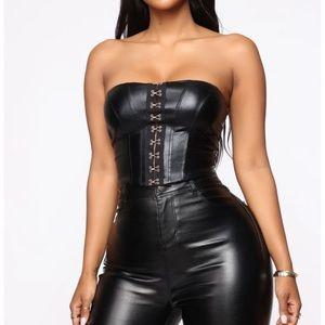 Fashionnova With no cares PU leather top -black